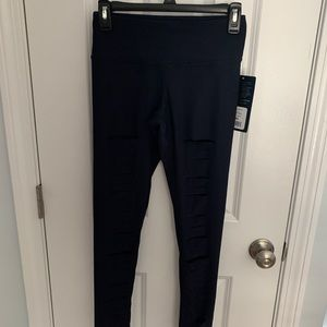 NWT 90 DEGREE LEGGINGS